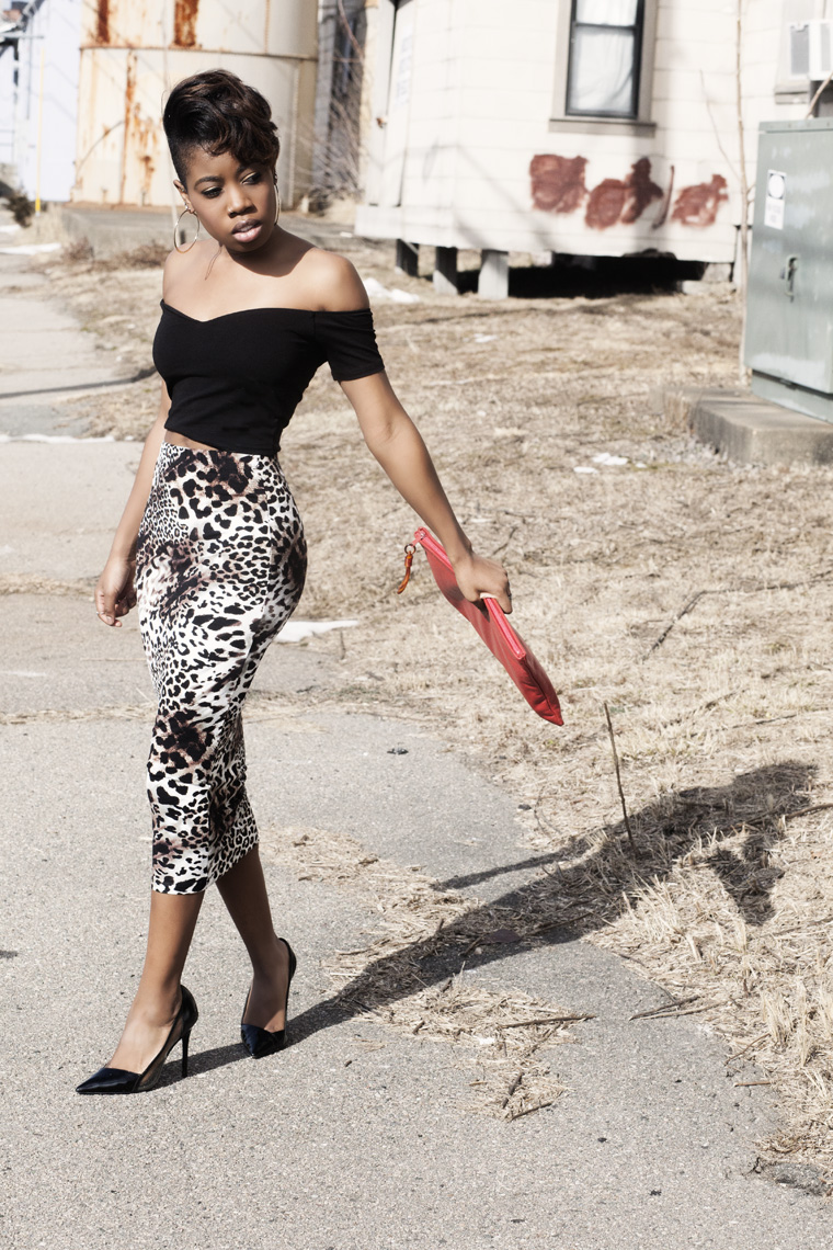leopard-print-skirt-off-the-shoulder-crop-top-theyskens-theory-heels-red-vintage-leather-clutch_7018