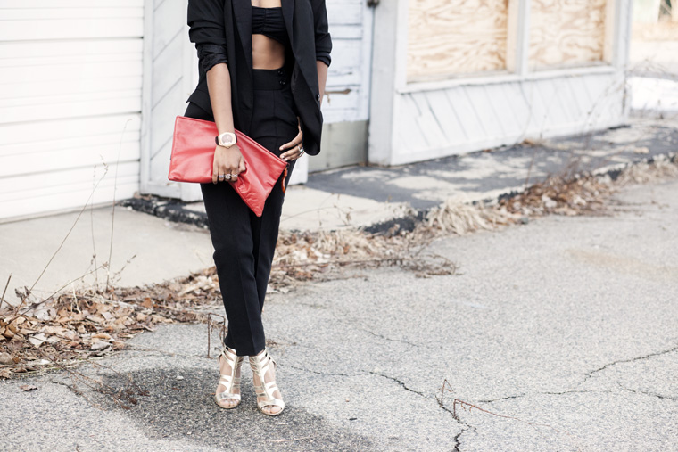 sole-society-gold-heel-black-suit-high-waist-pants-vintage-clutch-red_7137