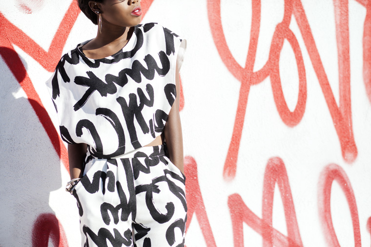 20140716_daily-look-graffiti-two-piece-set-jeffrey-campbell-barnes-lustt-for-life_6270