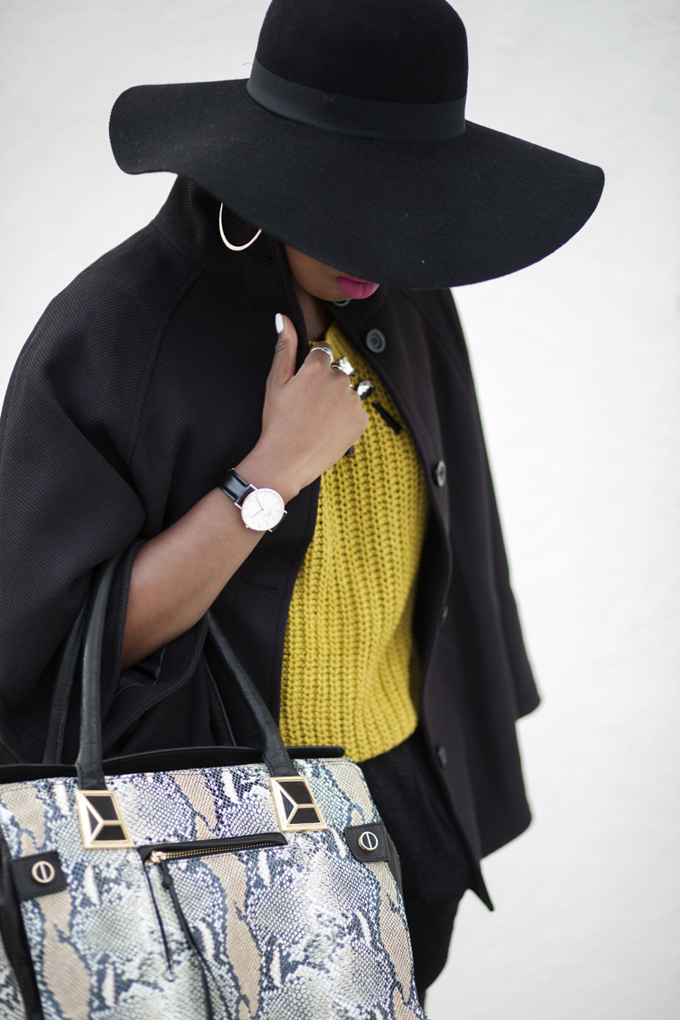 20140818_H&M-Jewel-sweater-floppy-hat-fall-fashion-locks-and-trinkets_8770